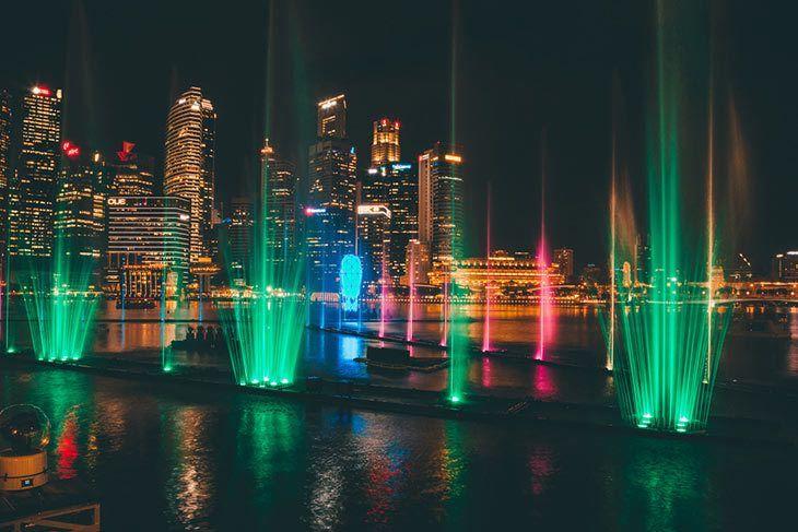 Indoor-outdoor-laser-light