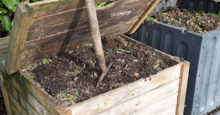 The-compost-in-the-family-garden-full